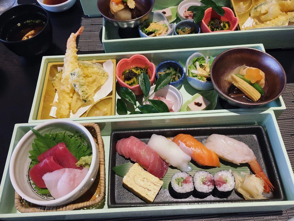 lunch restaurant seizan ishigaki restaurant okinawa japan sushi ishigakijima